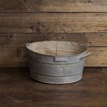 Round Tin Tub